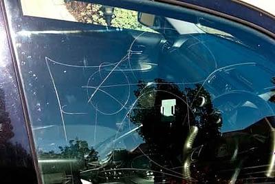 servicios reparcion restauracion de lunas vidrio ventanas coche clasico antiguo en Valencia