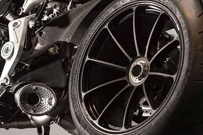 restauracion reparacion de llantas de motos en valencia · ARG Restauracion 5